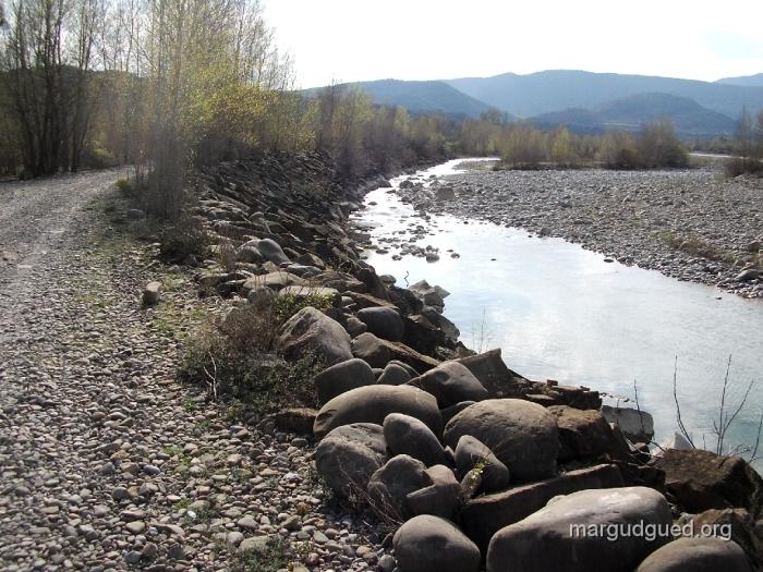 2005-4-13-8-margudguedorg1